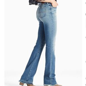 NWT Lucky Brand Sweet Released Hem Bootcut Jeans